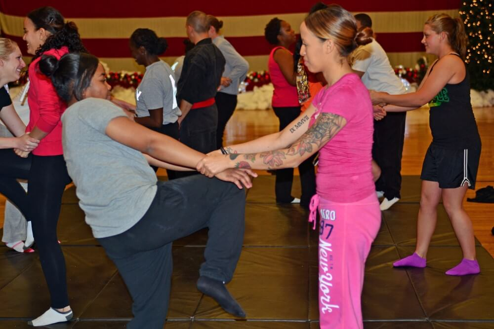 4th CAB teaches self-defense class