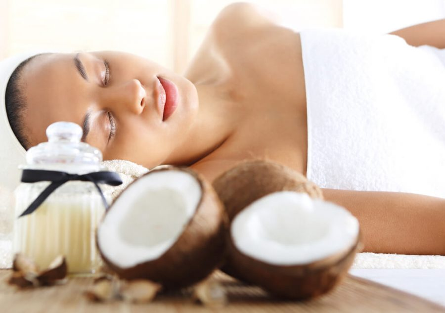 Wellness & spa treatment with coconut oil