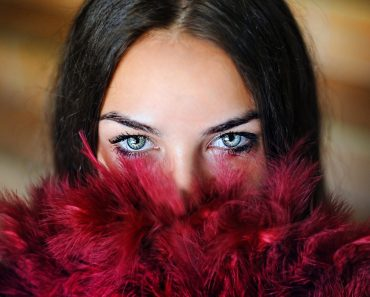 Top 7 Anti-Aging Guides – Look & Feel Younger Than Ever!