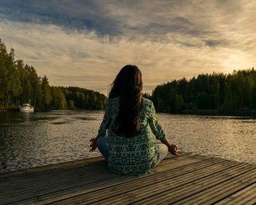 The Elusive Power of Meditating (And How To Get Started!)