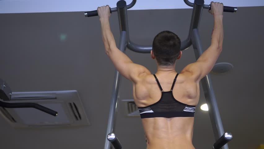 do pull ups for stronger upper body