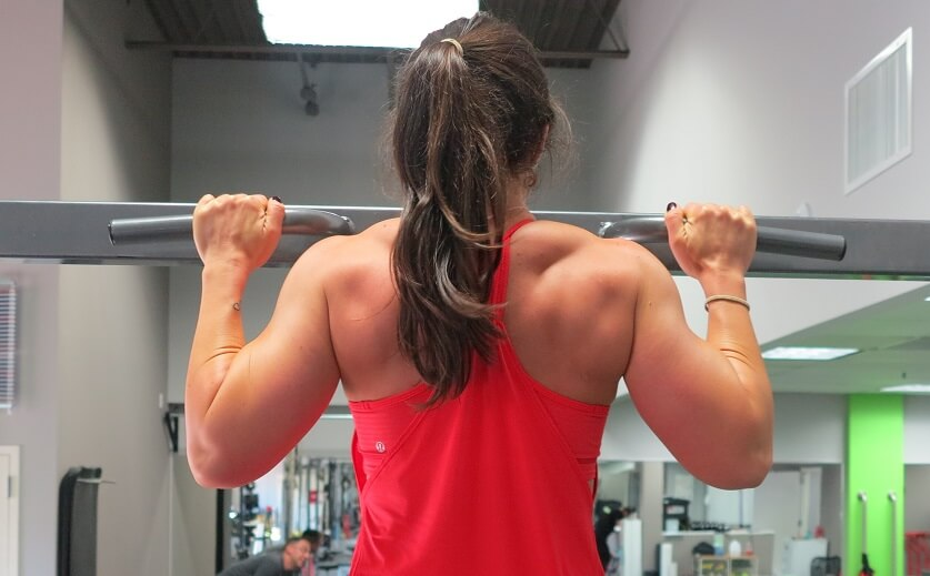 get a stronger upper body with pull ups