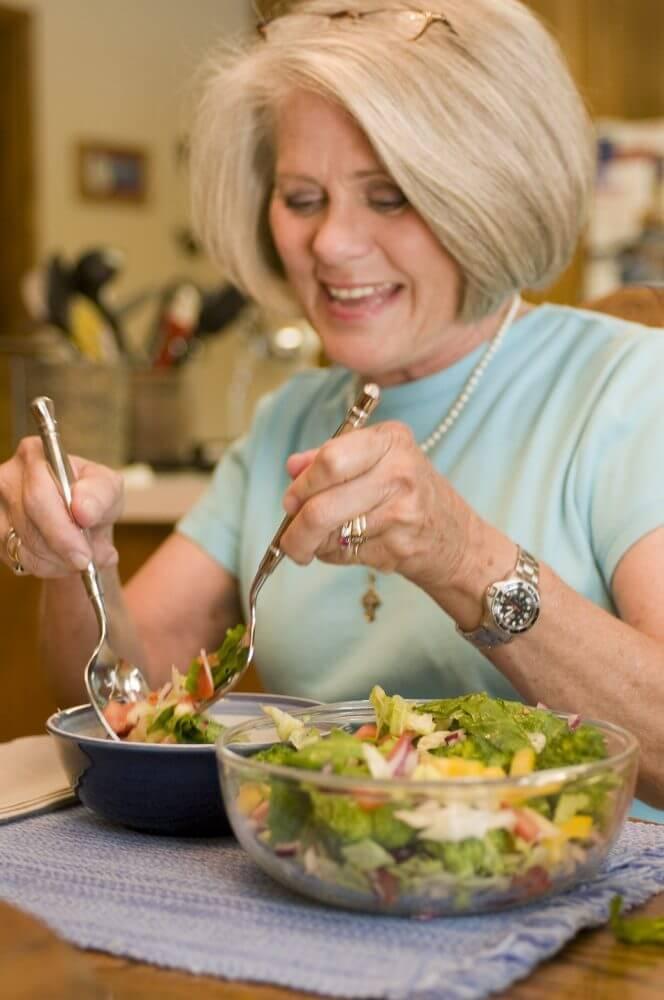 Woman, Eating, Vegetables